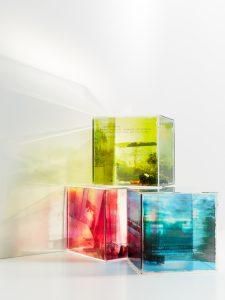 Lewitan_Cubes_Fotografie auf Plexiglas und Objekte_ 20x20x20 cm_ 2011-2014
